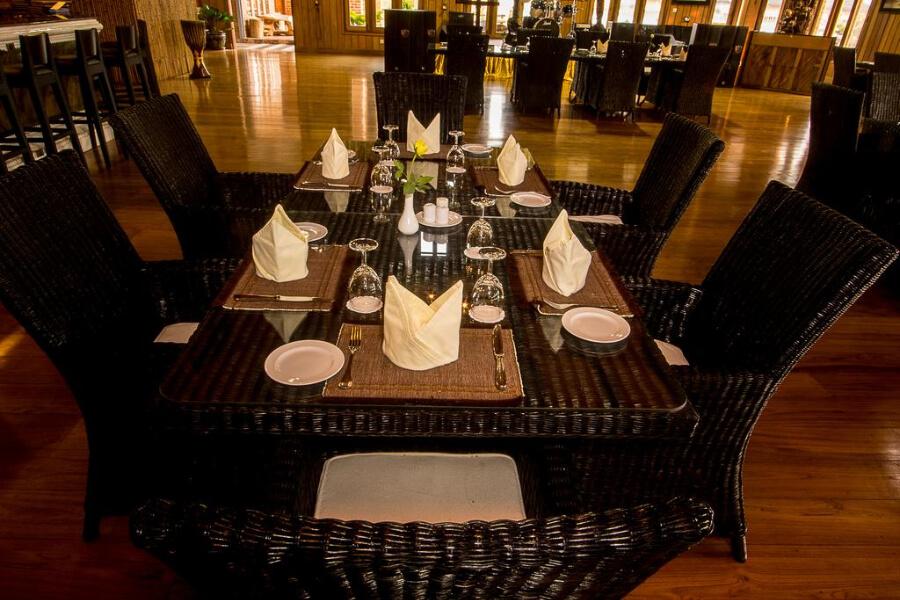 Hotel Myanmar Inle Lake Royal Nadi Lake2