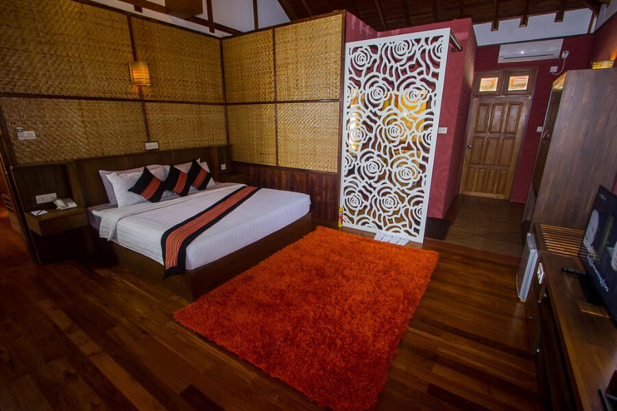 Hotel Myanmar Inle Lake Royal Nadi Lake31