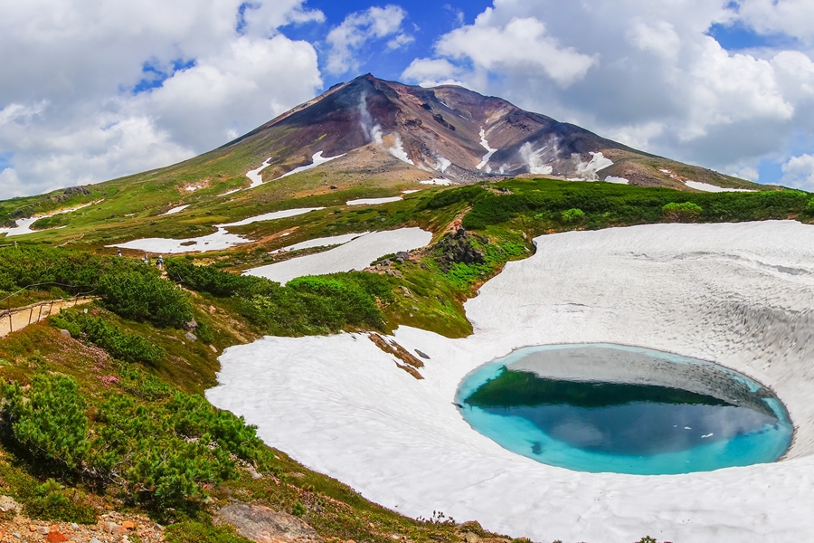 Japan Hokkaido Daisetsuzan Asahidake mountain