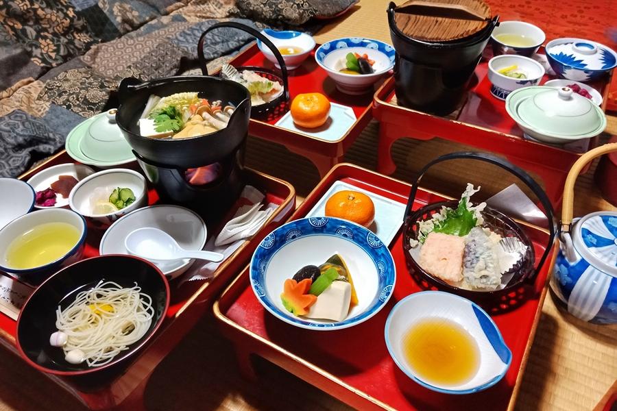 Japan Mount Koya tempel verblijf Shojin ryori in Jokii tempel eten