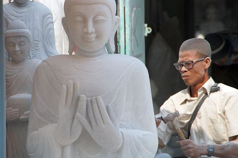 Myanmar Mandalay Artist 01