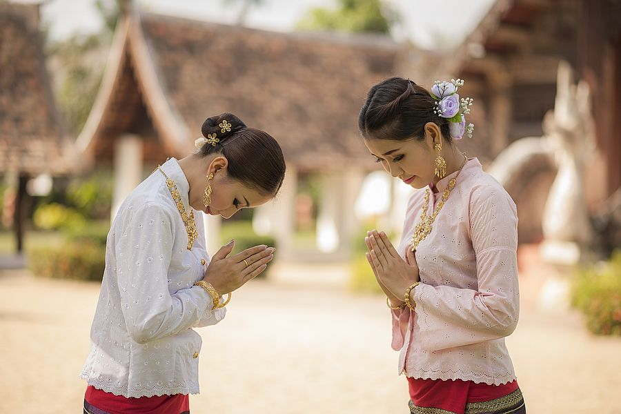 Thai Wai 1