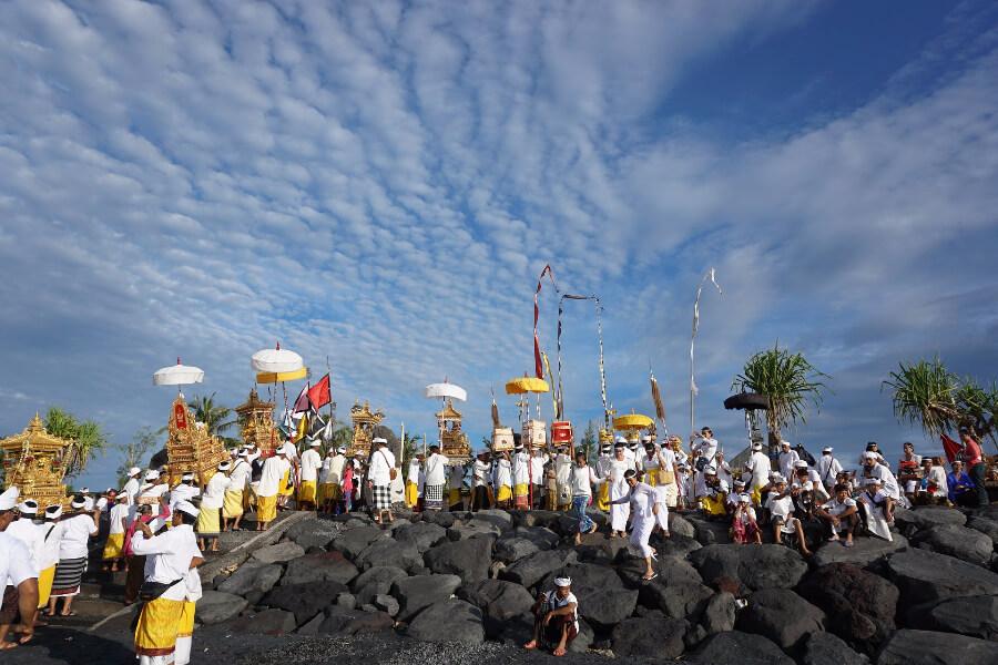 Thailand Bali Traditioneel ceremonie optocht