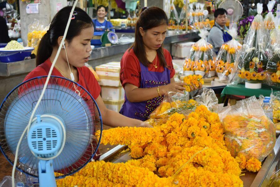 Thailand Bangkok Foodtour per tuktuk Bloemenmarkt
