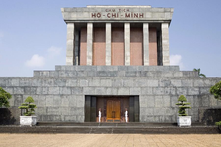 Vietnam Hanoi Ho Chi Minh Mausoleum 002