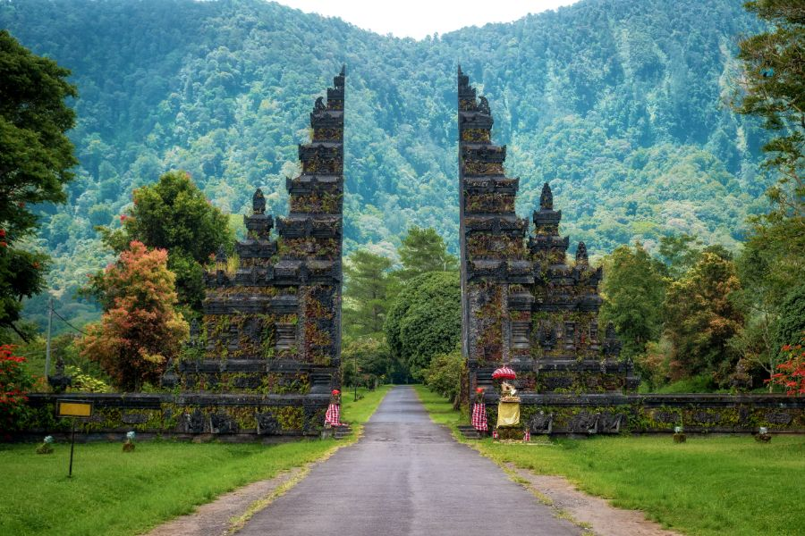 Indonesie Bali Pura Lempuyang traditionele Balinese tempel poort