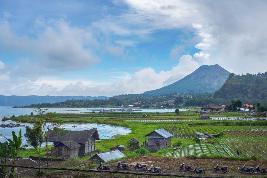 Indonesie Bali island Landscape of Batur volcano