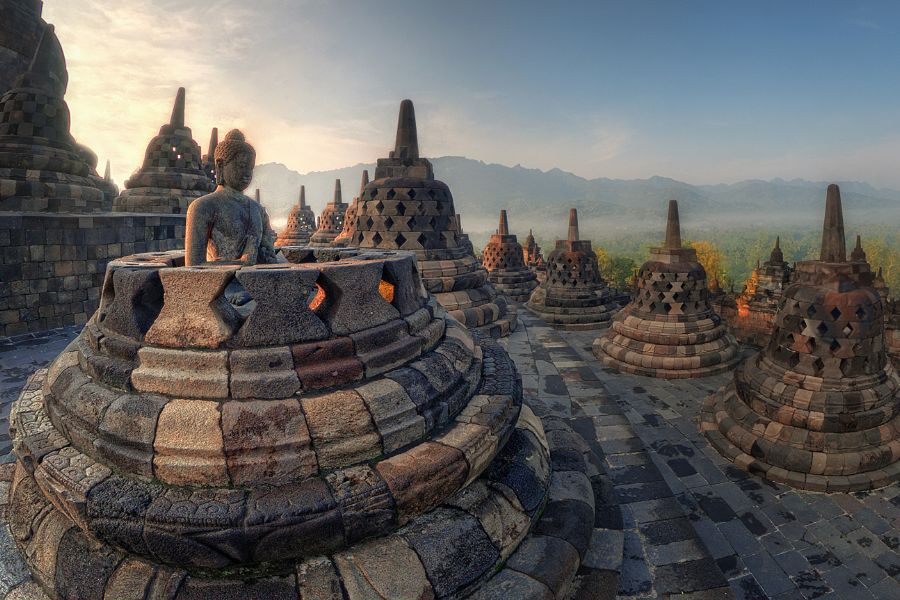 Indonesie Java island Borobudur Tempel zonsondergang