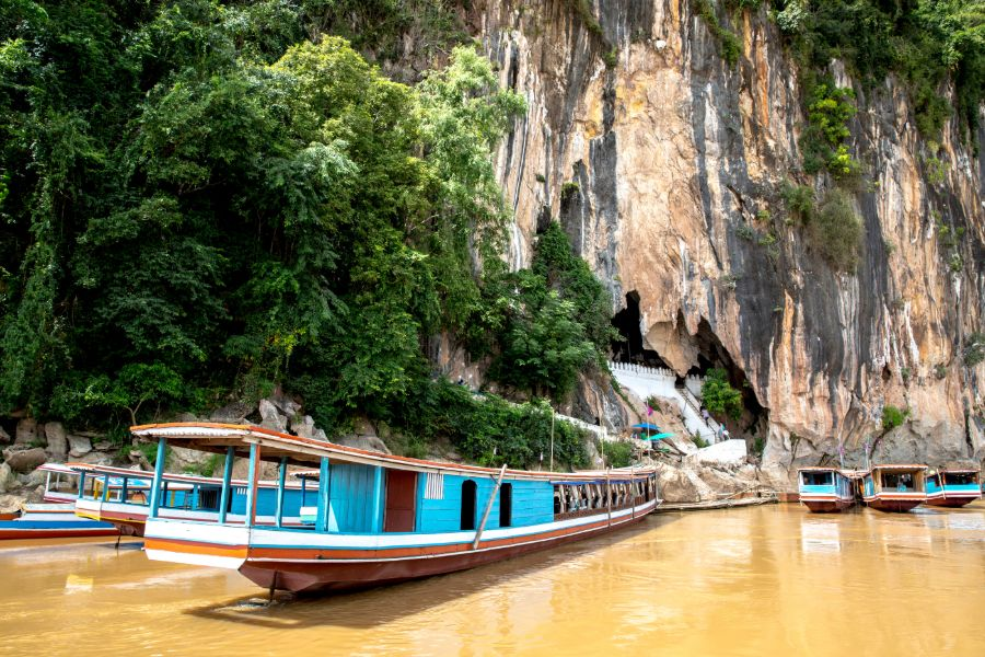 Laos Luang Prabang Pak Ou grotten