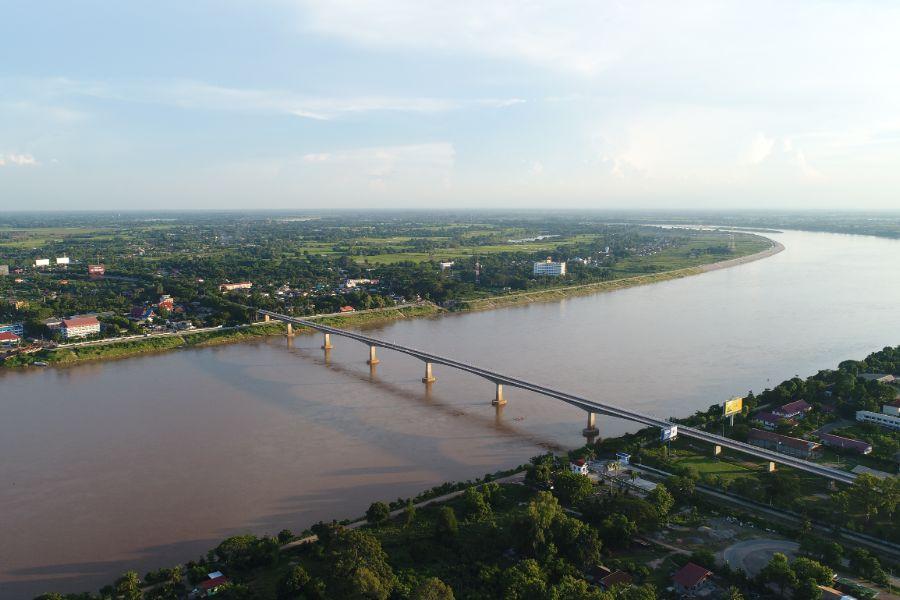 Laos Vientiane Mekong river