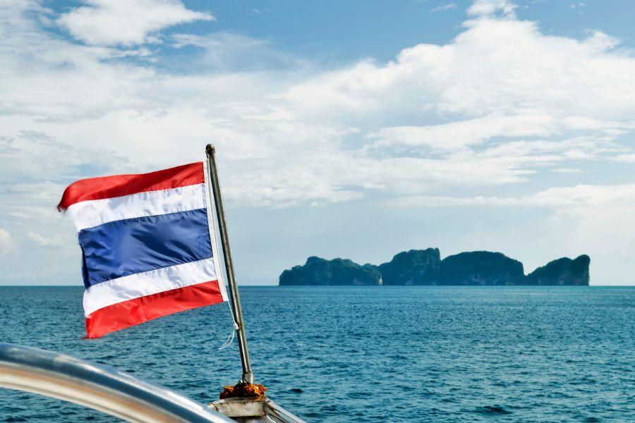 Dag 4: Koh Phi Phi – Krabi / Phuket