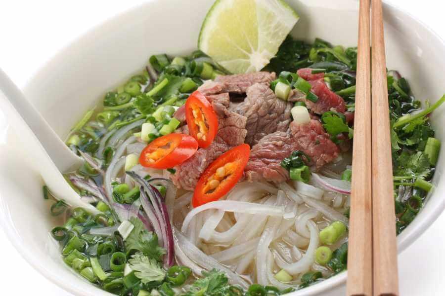 Vietnam Vietnamese noodle soep Hanoi streetfood tour