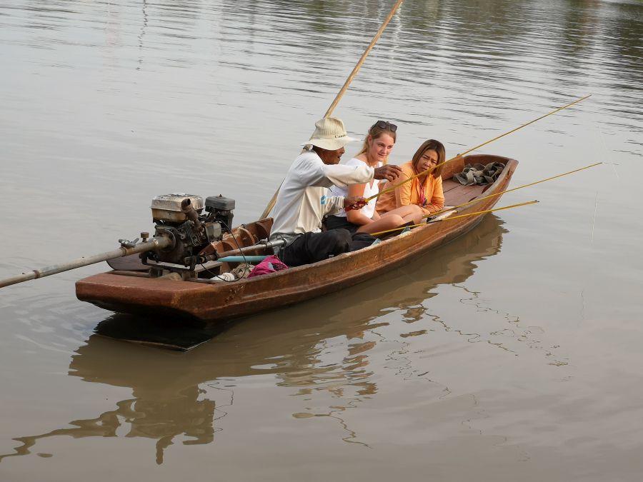 Ayutthaya Eco boerderij Garnalen Vissen vissen op de rivier
