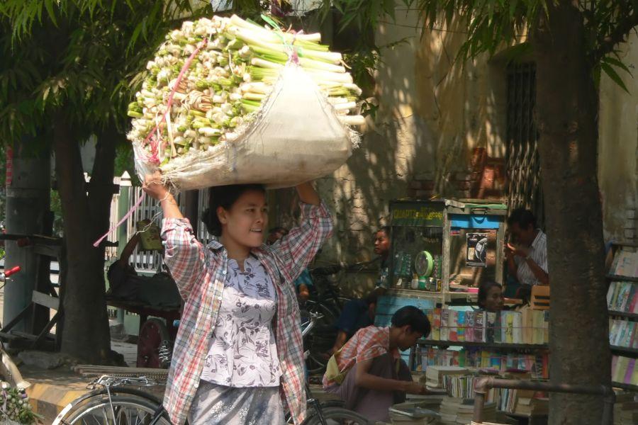Cambodja Phnom Penh Lokale Markt leven in de stad City tour