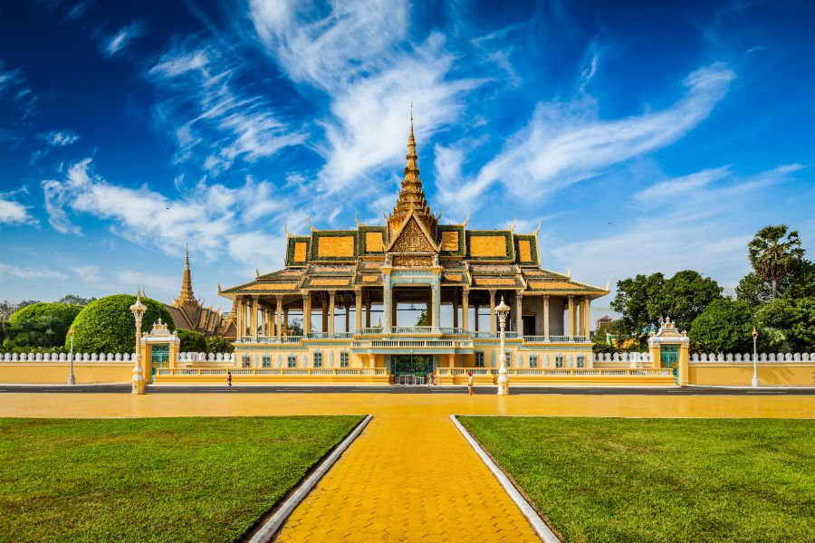 Dag 6: Phnom Penh – Stadstour