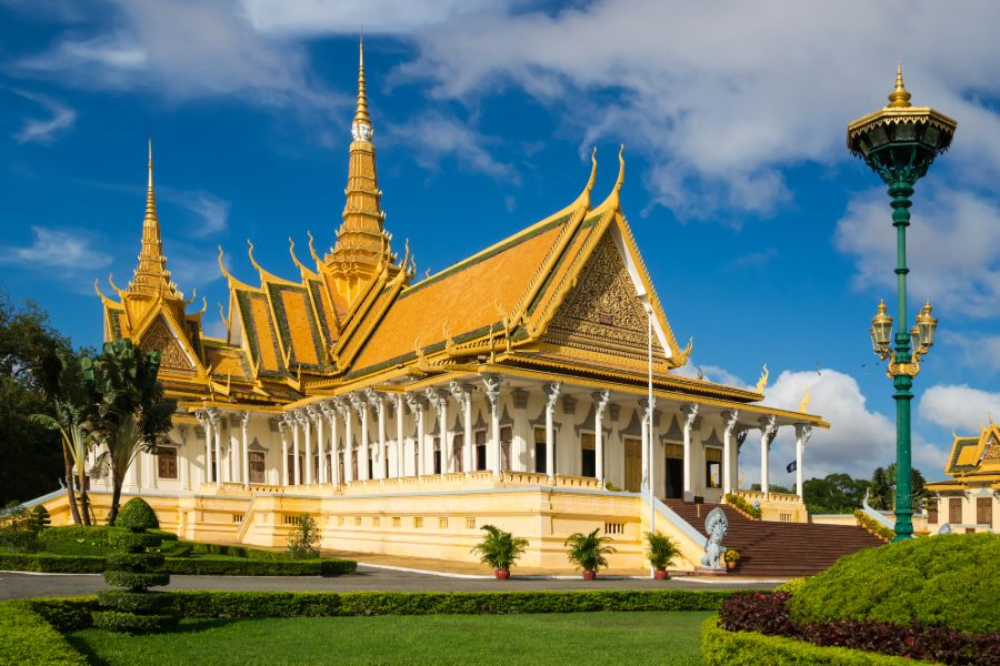Dag 5: Ontdek Phnom Penh en de Killing Fields