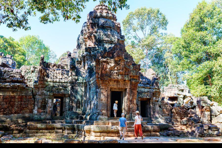 Cambodja Siem Reap Angkor Wat Ta Som Temple tempel toeristen familie