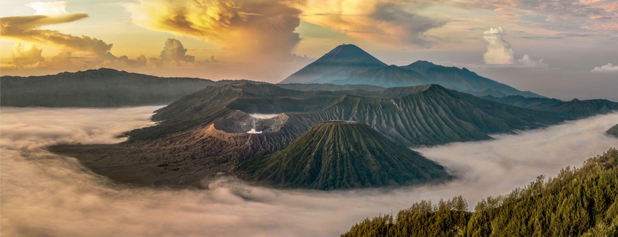 Indonesie Java Mount Bromo bij zonsopkomst