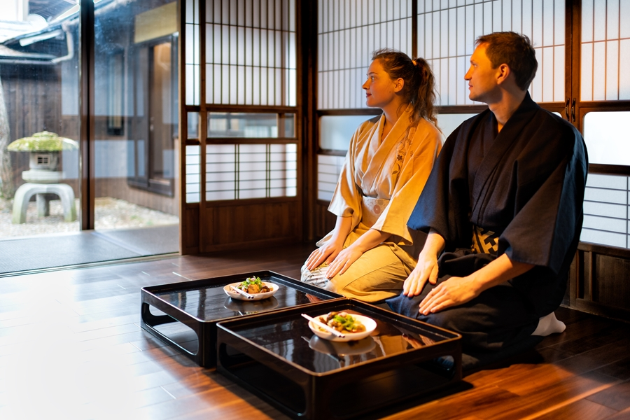 Japan ryokan in kimono