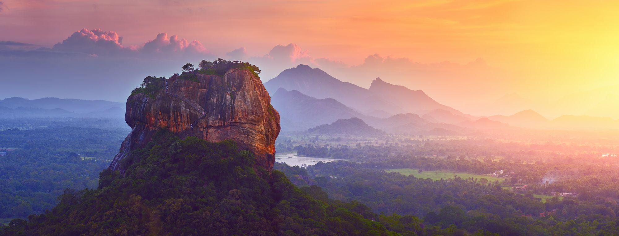 Sri Lanka Sigiriya leeuwenrots bij zonsondergang