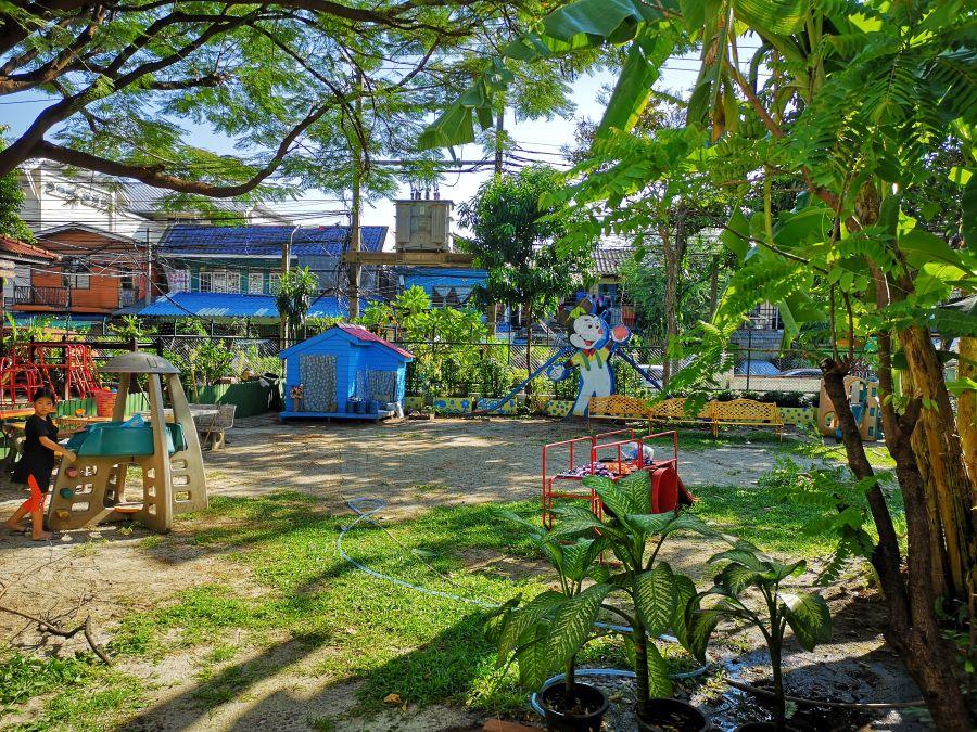 Thailand Bangkok Duang Prateep Slum Foundation school
