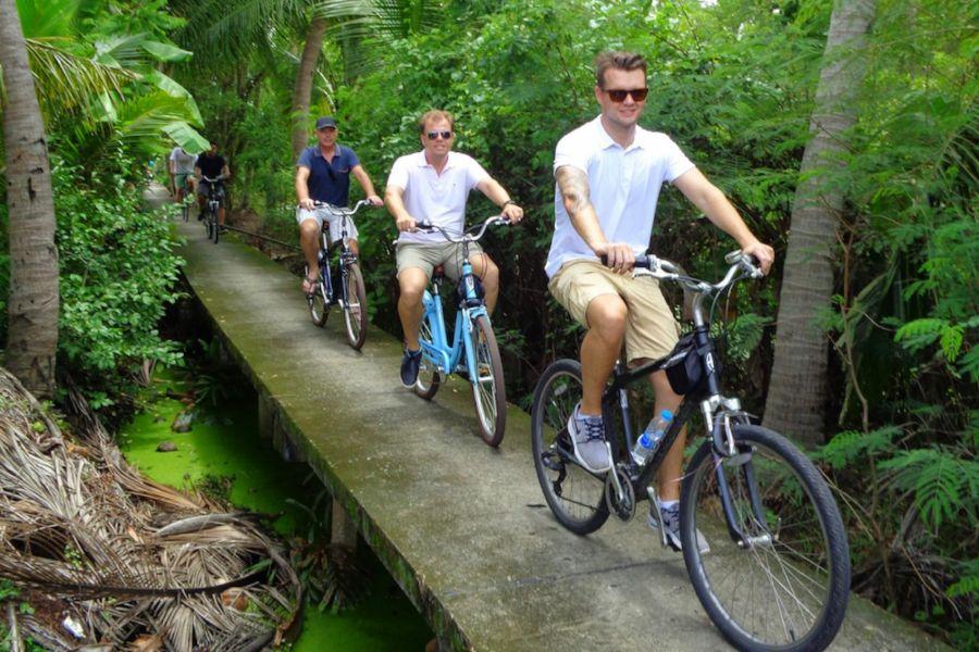 Thailand Bangkok fietsen Go Blue jungle