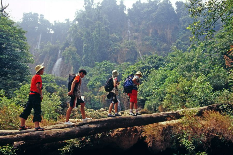Thailand Chiang Mai omgeving jungle trekking survival