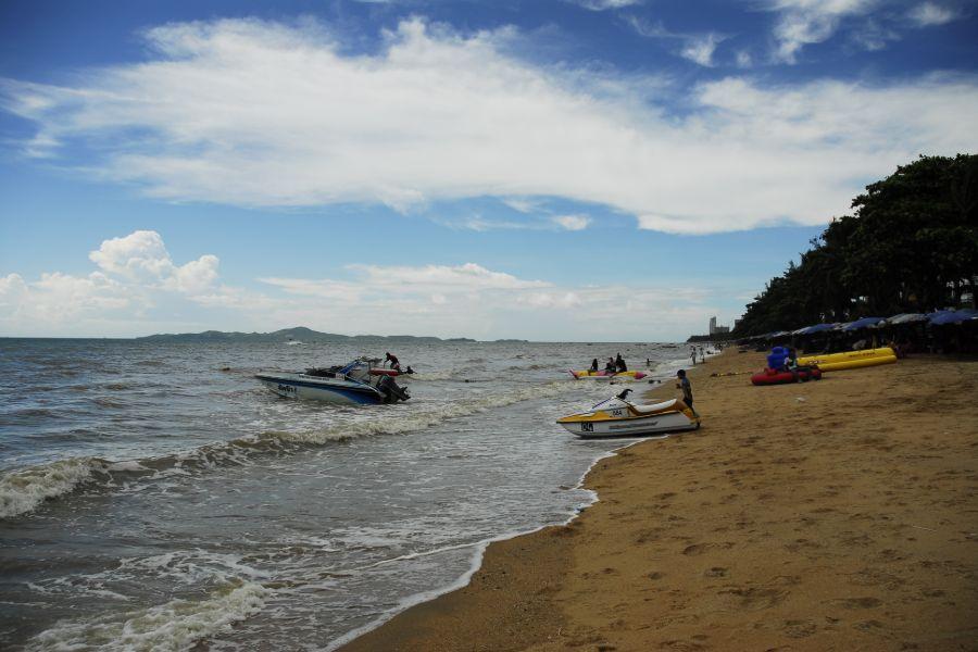 Thailand Jomtien Beach watersport jetski boot duiken
