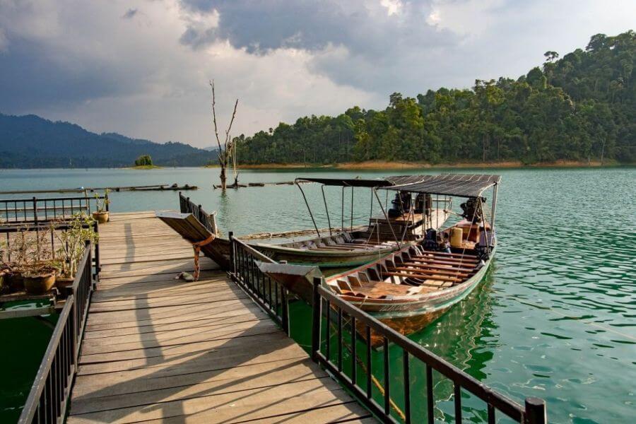 Thailand Khao Sok Smiley Lake House 02