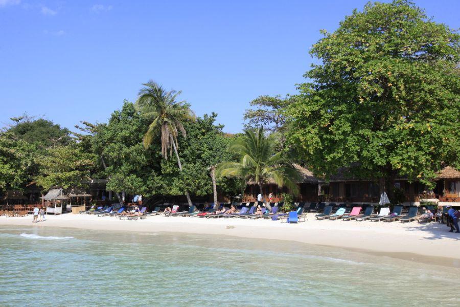 Thailand Koh Samet strand eiland Samed Cabana Resort zeezicht kamers ligbedden 1