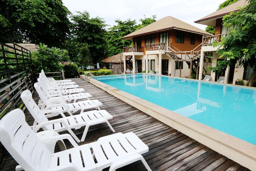 Thailand Koh Samet strand eiland Samed Cabana Resort zwembad