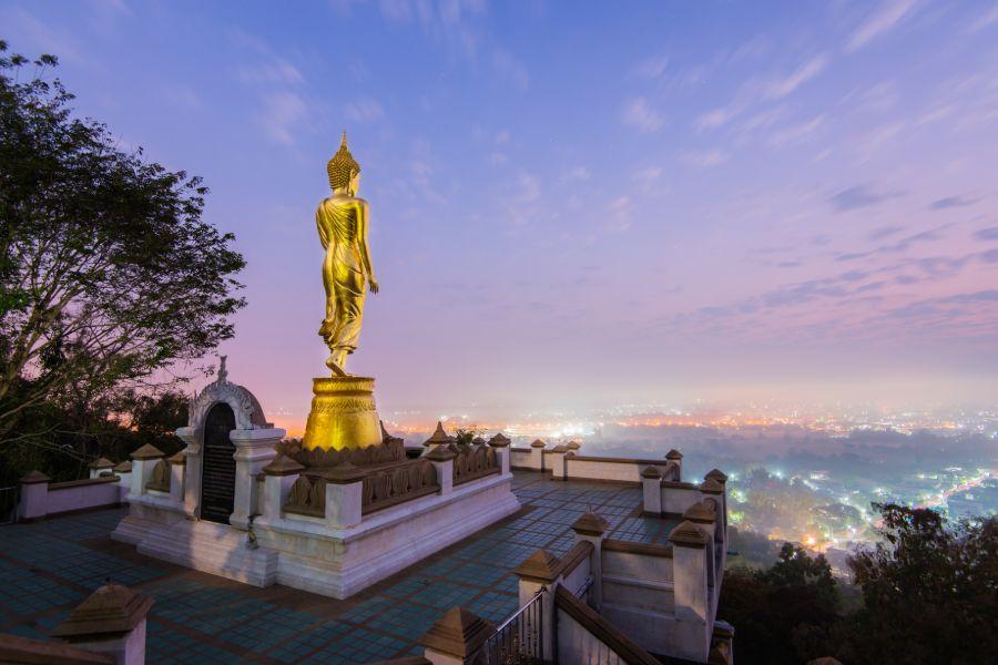Thailand Nan Wat Phra That Kao Noi boeddha uitzichtpunt