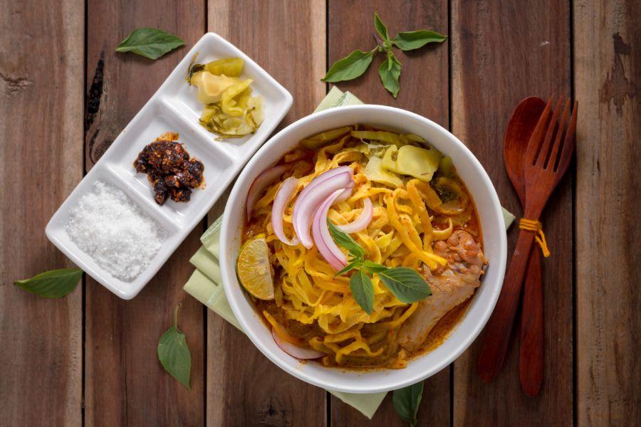 Thailand Thaise keuken eten Khao Soi noedelsoep