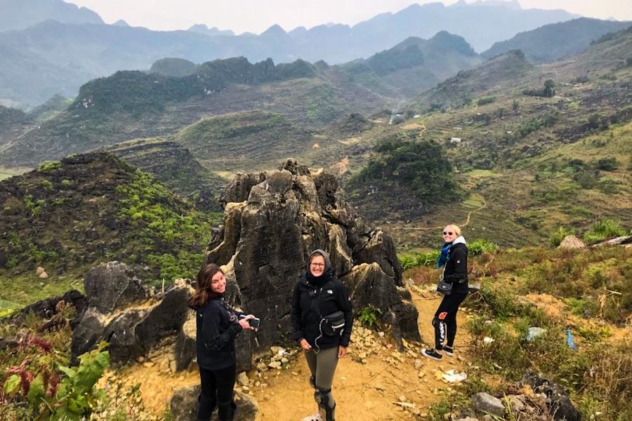 Dag 3: Nam Dam Village – Dong Van (130 km)