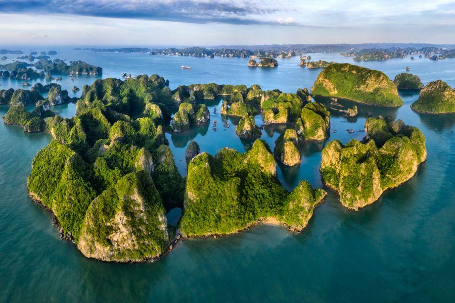 Vietnam Halong Bay 3