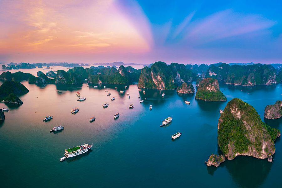 Gerelateerde tour 3-Daagse bouwsteen Halong Bay en Bai Tu Long Bay