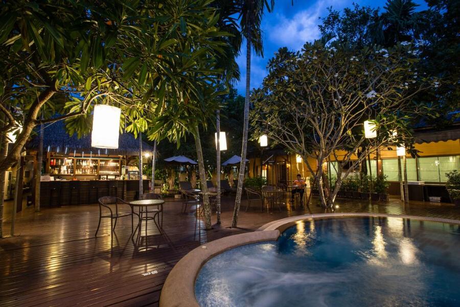 Amphawa Amphawa Baan Resort Spa2