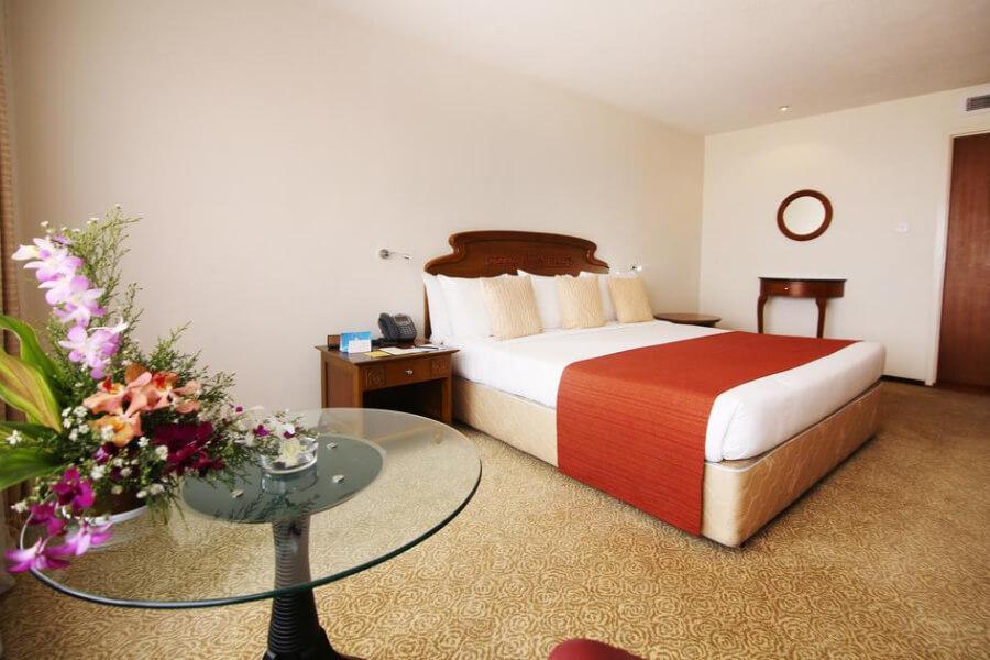 Hotels Sri Lanka Colombo The Galadari Hotel14