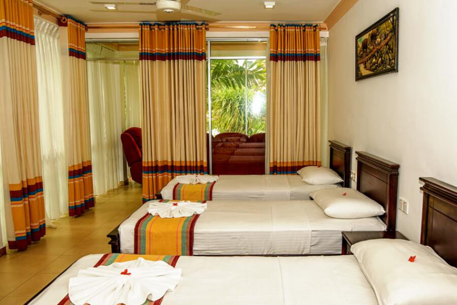 Hotels Sri Lanka Kandy Oak Ray Serene Garden 2