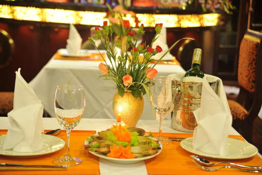 Hotels Vietnam Halong Bay Calypso Cruise Halong Bay12