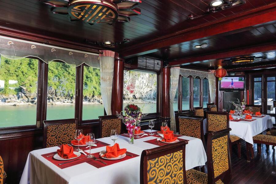 Hotels Vietnam Halong Bay Calypso Cruise Halong Bay16