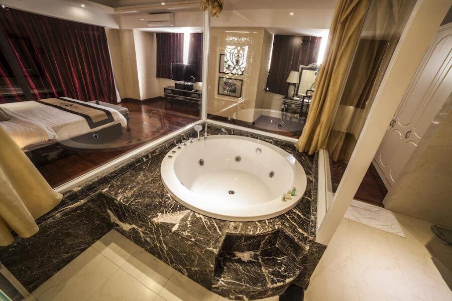 Hotels Vietnam Hue Moonlight Hue10