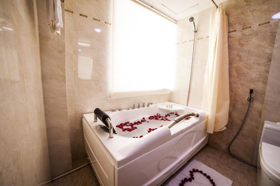 Hotels Vietnam Hue Moonlight Hue2