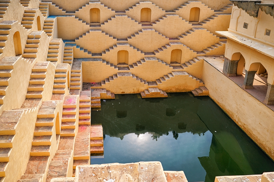 India Rajasthan Jaipur Panna Meena ka Kund step well nabij Amber Fort