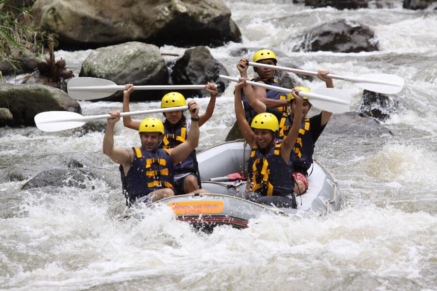 Indonesie Bali Ayung rivier wildwaterraften..