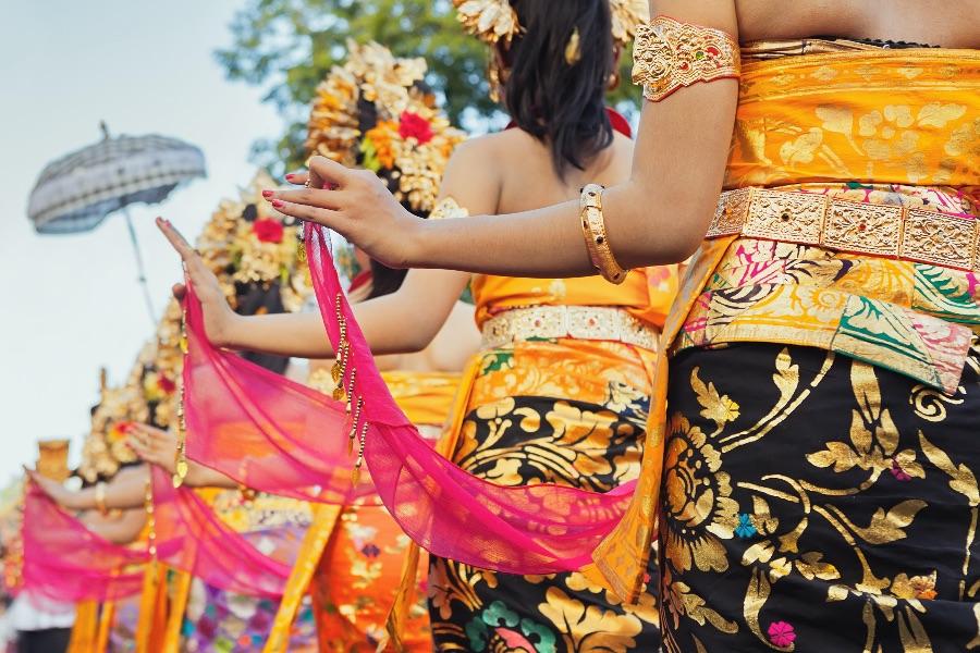 Indonesie Bali Traditionele danseressen