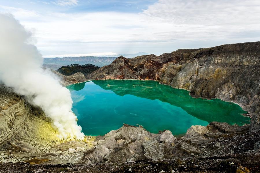 Indonesie Java Ijen vulkaan rotsen