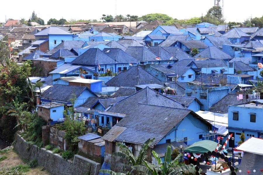 Indonesie Java Malang Arema blauwe huizen