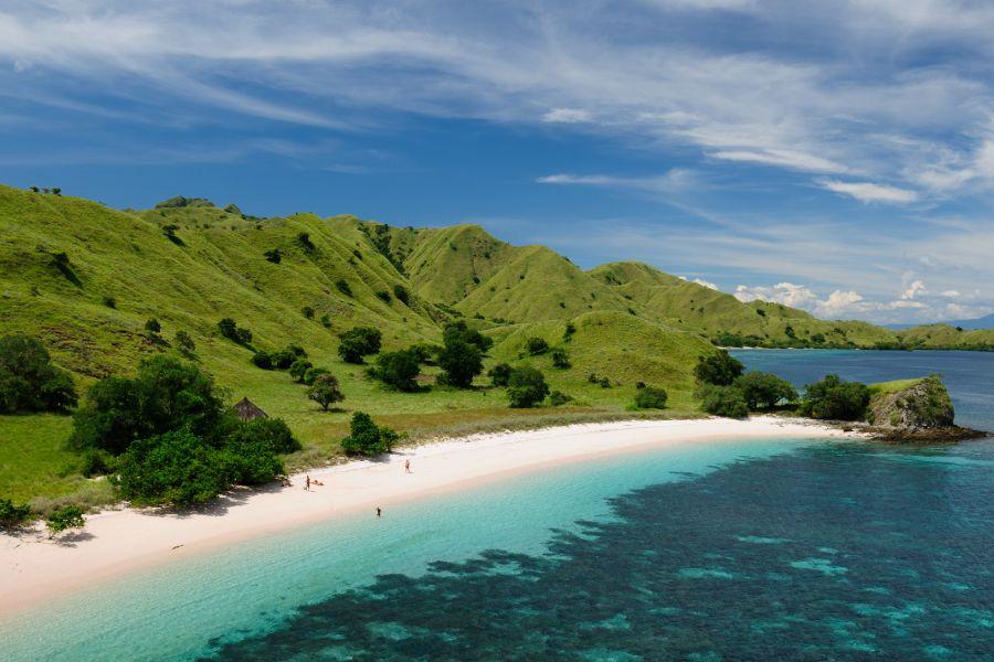 Indonesie Komodo strand eiland