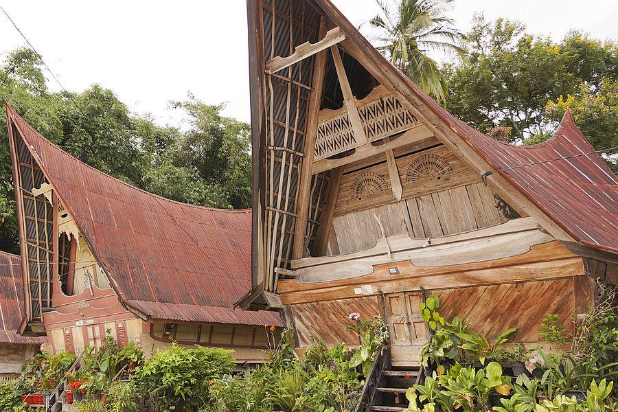 Indonesie Samosir traditionele huizen